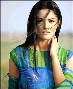 Pakistani Sexy Song http://maham-fashionworld.blogspot.com/2011/05/hot-pakistani-model-photos.html