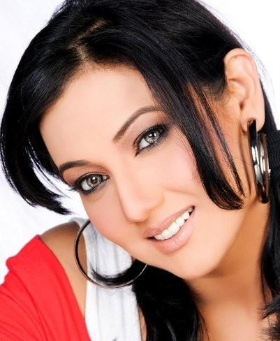 Celebrity Pictures Forum on Ayesha Gul   Profile  Interview   Pictures
