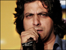 <b>Jawad Ahmad</b> has received Indus Music's Best Bangrha Award. - Jawad-Ahmad-3